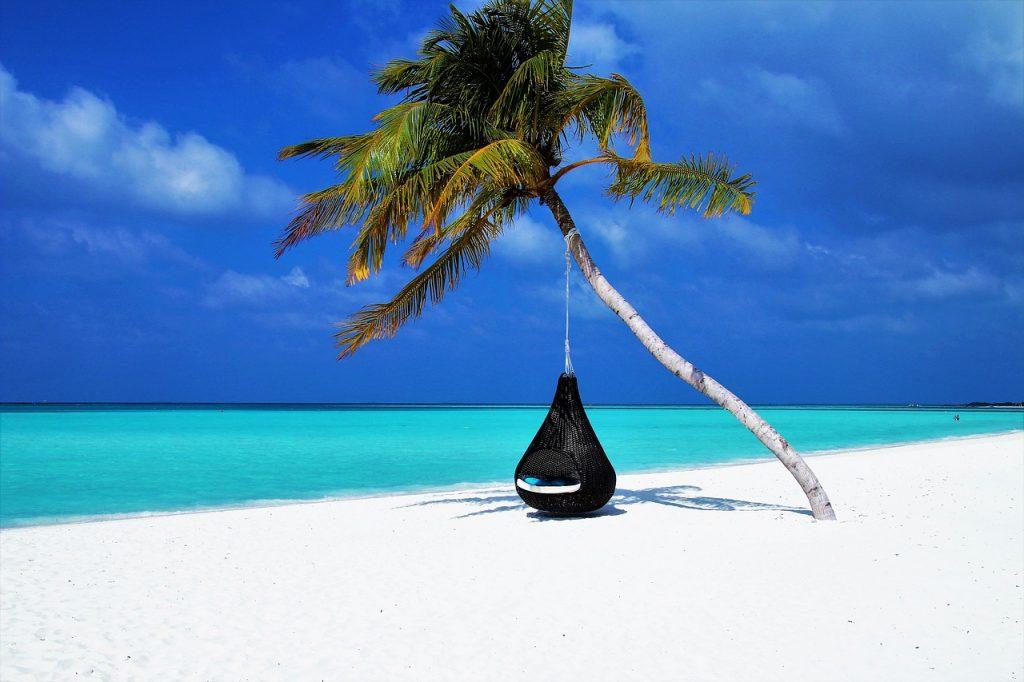 Des associations pour le «droit» aux vacances